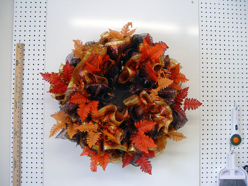 autumn-wreath-leaves-finished