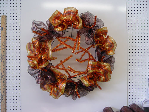 autumn-wreath-single-layer-ruffle-outer-ring