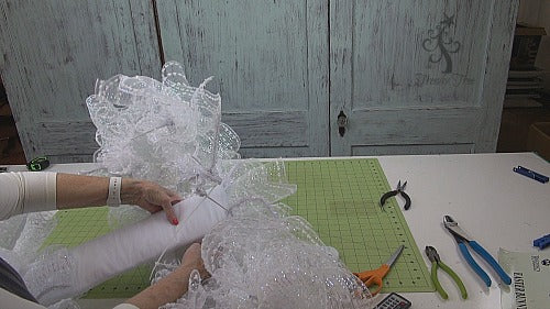 ballerina-bunny-wreath-tutorial-trendytree-secure-body-to-skirt