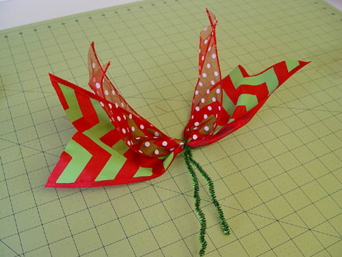 basic-green-wreath-extra-ribbon-strips