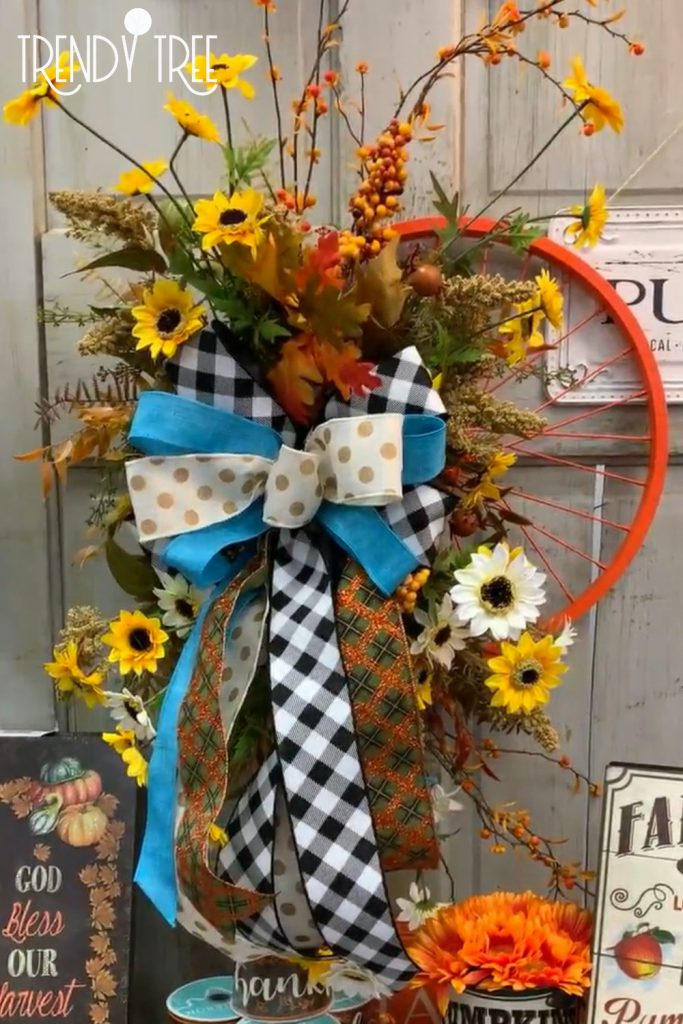 fall wreath, bicycle wrheel wreath, shop around the corner