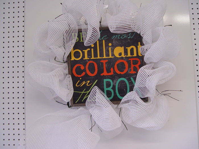 brilliant-color-wreath-half-finished-hang-look
