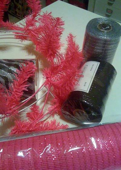 bunco wreath pink, black, silver, bling
