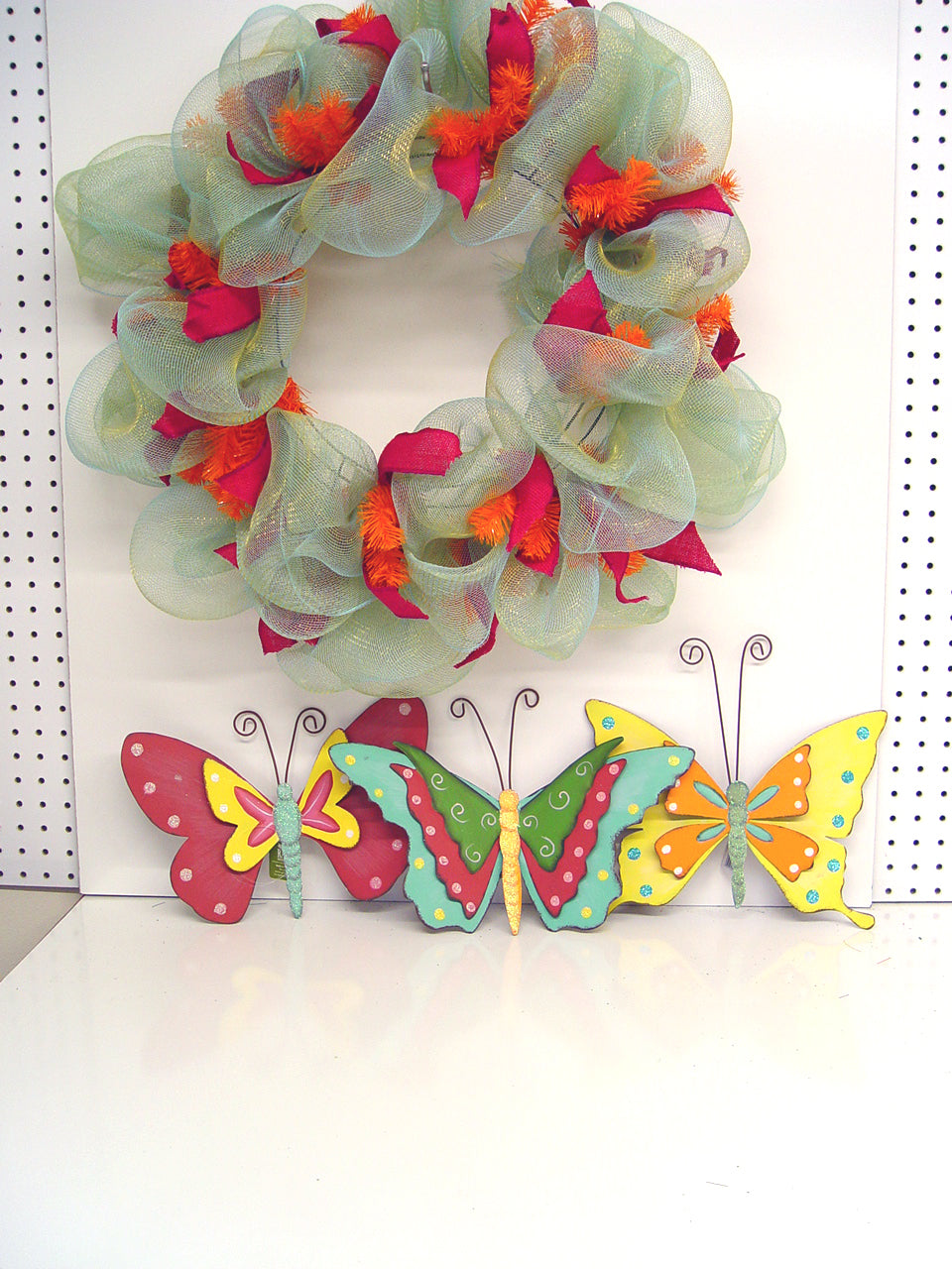 butterfly-raz-three-wreath