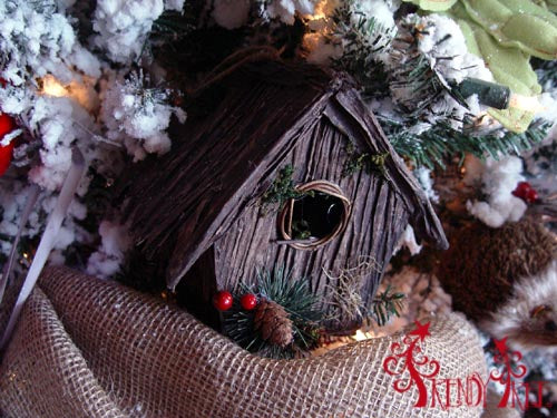 christmas-tree-tutorial-birdhouse-ornament