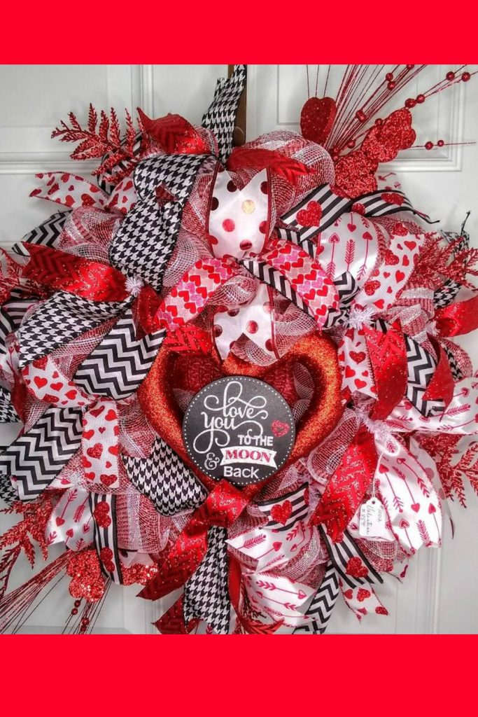 love you to the moon, valentine decor
