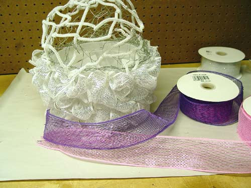 cupcake made from deco poly mesh netting