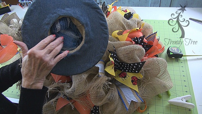 denim-bunny-hat-wreath-tutorial-stuff-hat