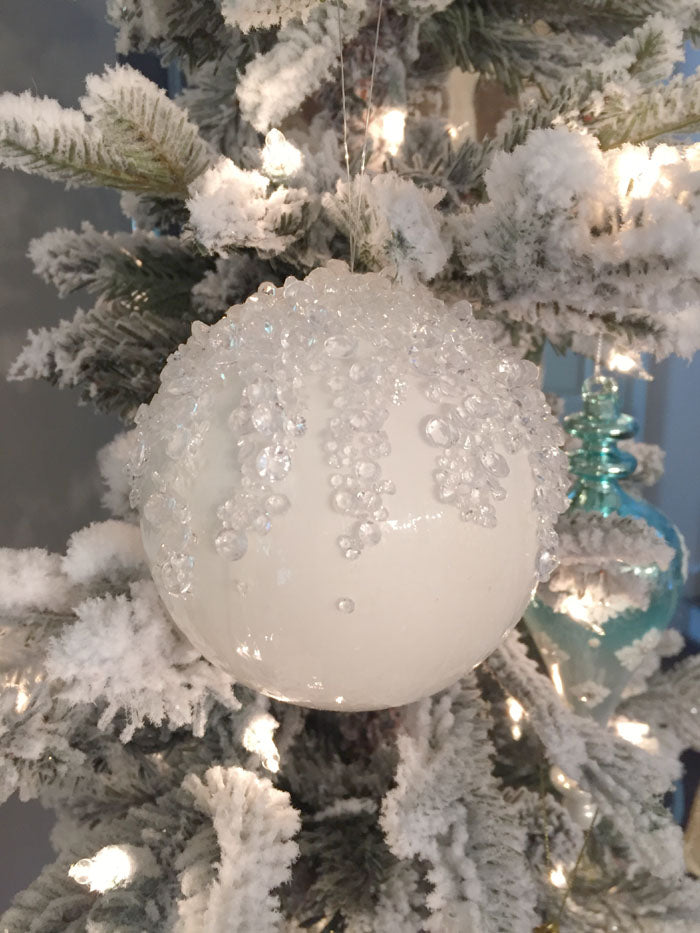 dining-room-ice-ball-1