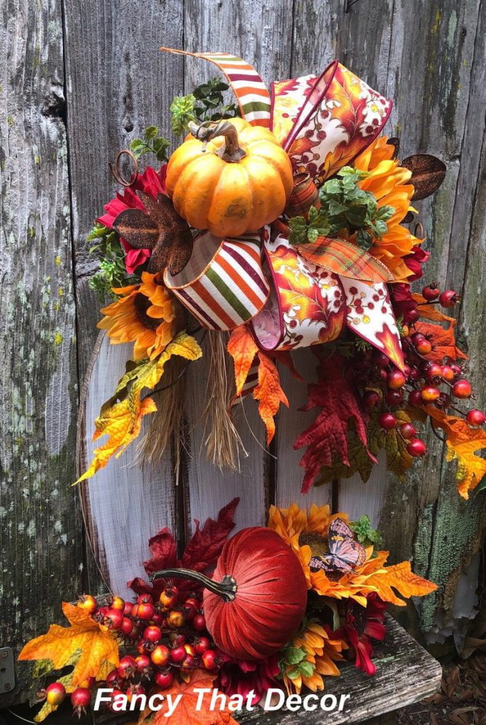 fall pallet pumpkin, fall decor, autumn decor, fall pumpkin arrangement, fall arrangement, pumpkin stand, orange, rust, yellow fall floral