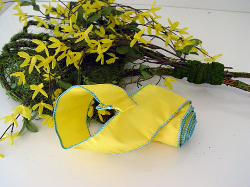 garden-tools-add-ribbon