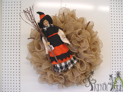 halloween-burlap-witch-wreath-witch-wall