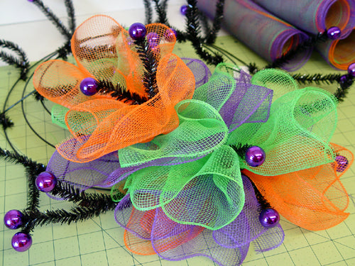 halloween-ruffle-wreath-ruffles-inner-outer-ring