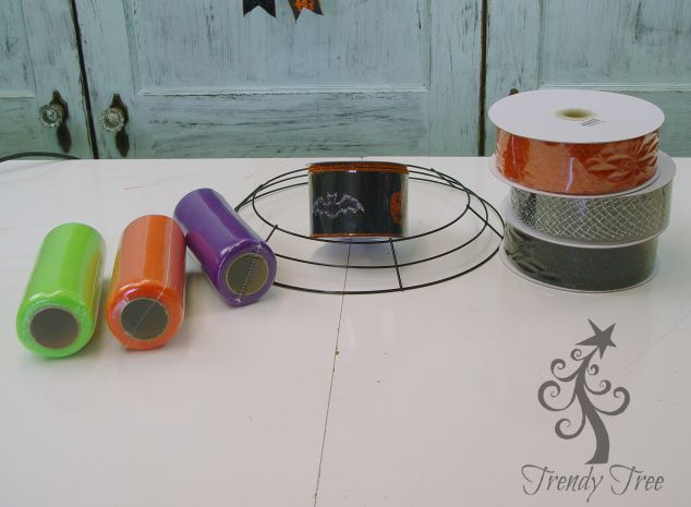 halloween-tulle-ribbon-wreath-supplies-trendytree