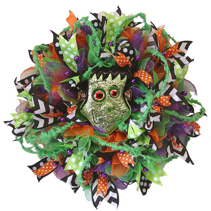 halloween-wreath-bobble-eyes-frank