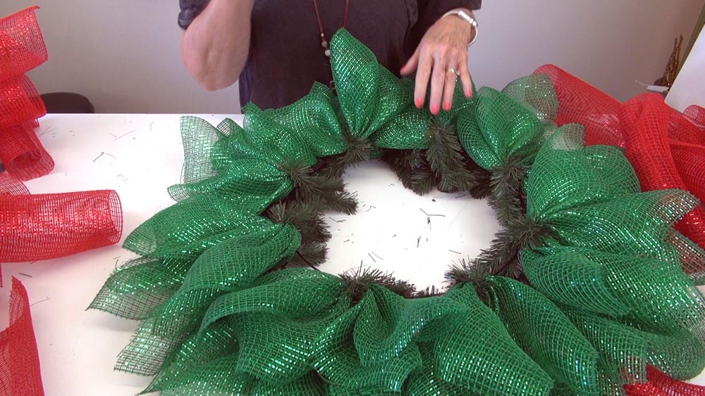 poinsettia wreath tutorial