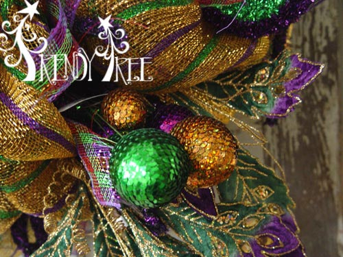 mardi-gras-sequin-ball-spray