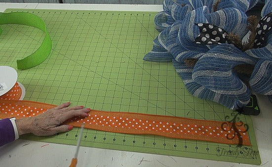 orange-bunny-head-tutorial-trendytree-cut-ribbon-strips