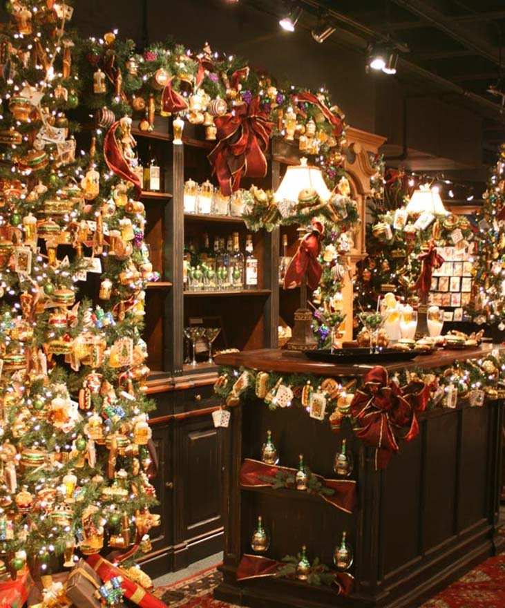 old world christmas showroom
