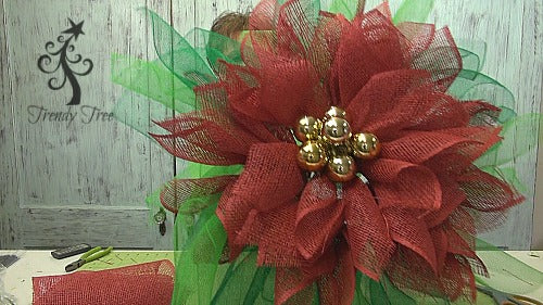 poinsettia-tutorial-twist-balls-finished-trendytree