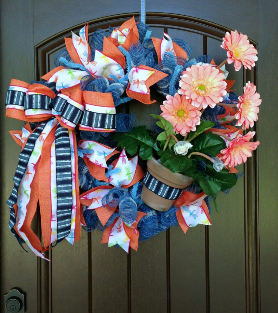salmon-gerbera-daisy-wreath-tutorial