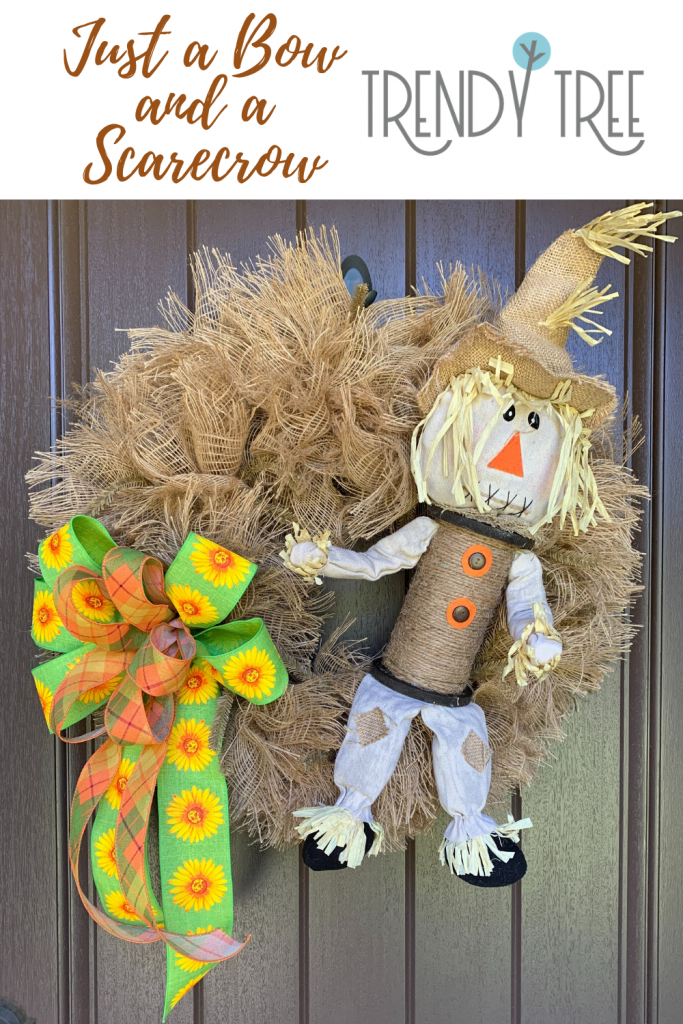 scarecrow wreath with just a bow and scarecrow