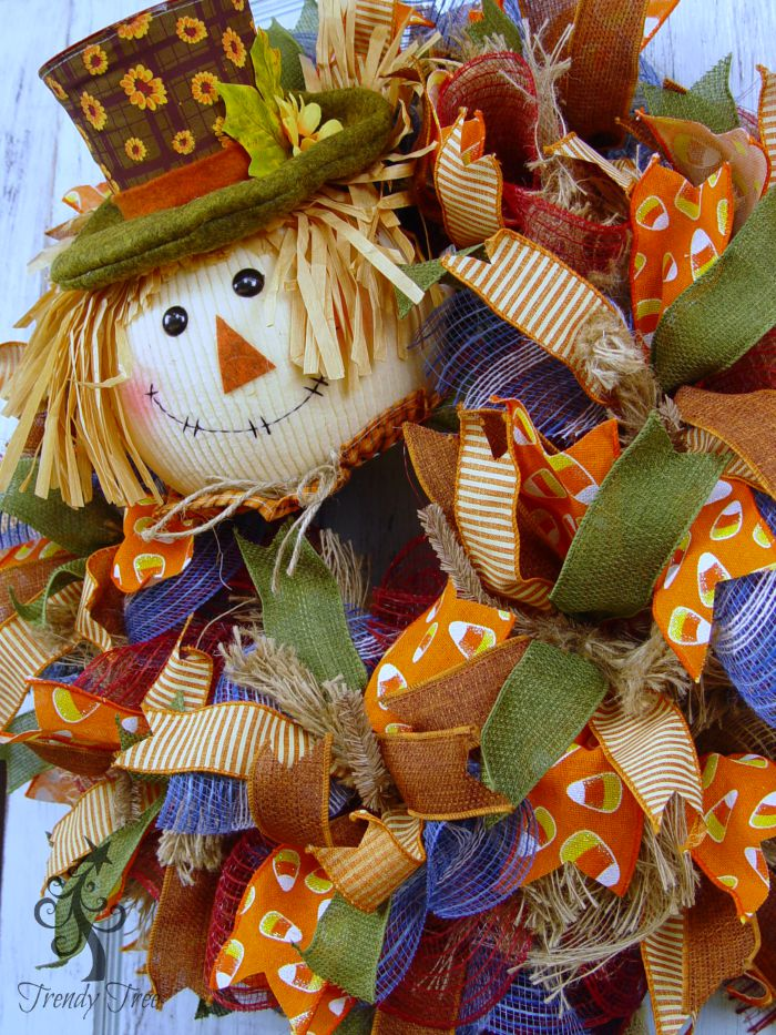 scarecrow-pot-head-closeup-trendytree