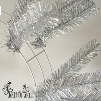 silver-work-wreath-closeup