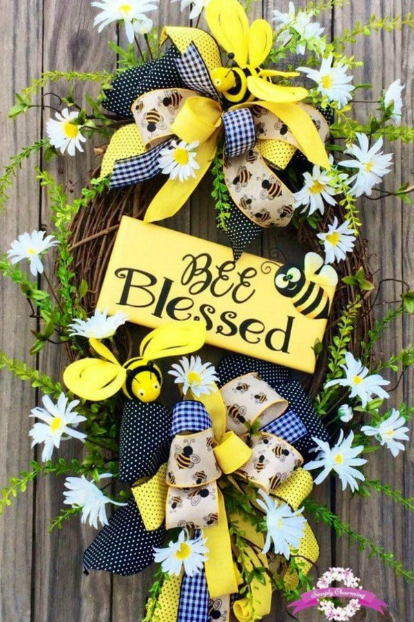 Bumble Bee Summer Wreath, Bee Wreath, Summer Wreath, Spring Wreath, Front Door Wreaths, Floral Wreath, Grapevine Wreath, Spring Decor