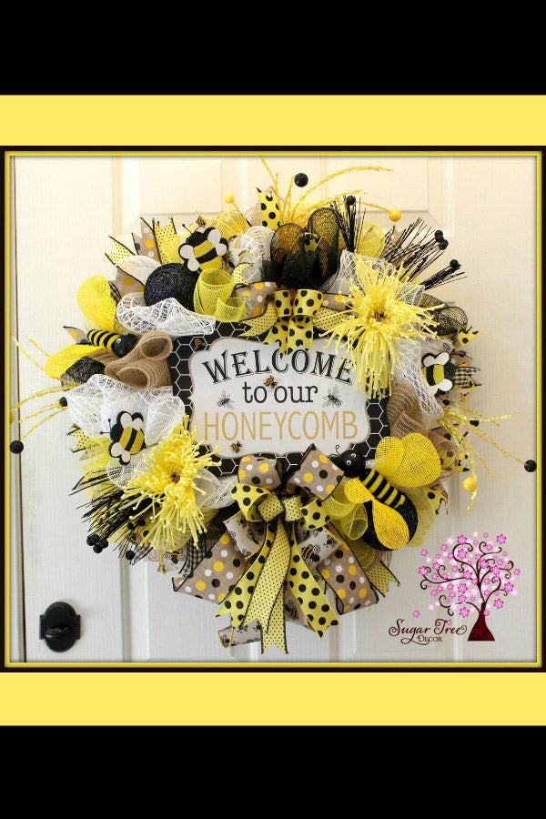 Bee Wreath, Flower Wreath, Spring Wreath, Summer Wreath, Bee Decor, Welcome Wreath, Deco Mesh Wreath