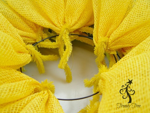 sunflower-burlap-ribbon-center-fill-gaps-with-petal-pics-blog-post