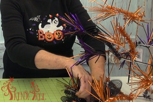tomato-cage-halloween-tree-attach-ruffles