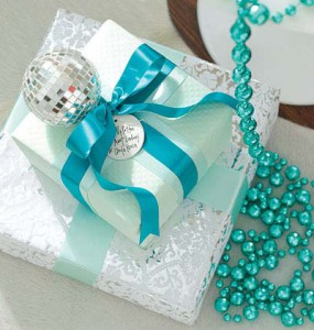 turquoise package