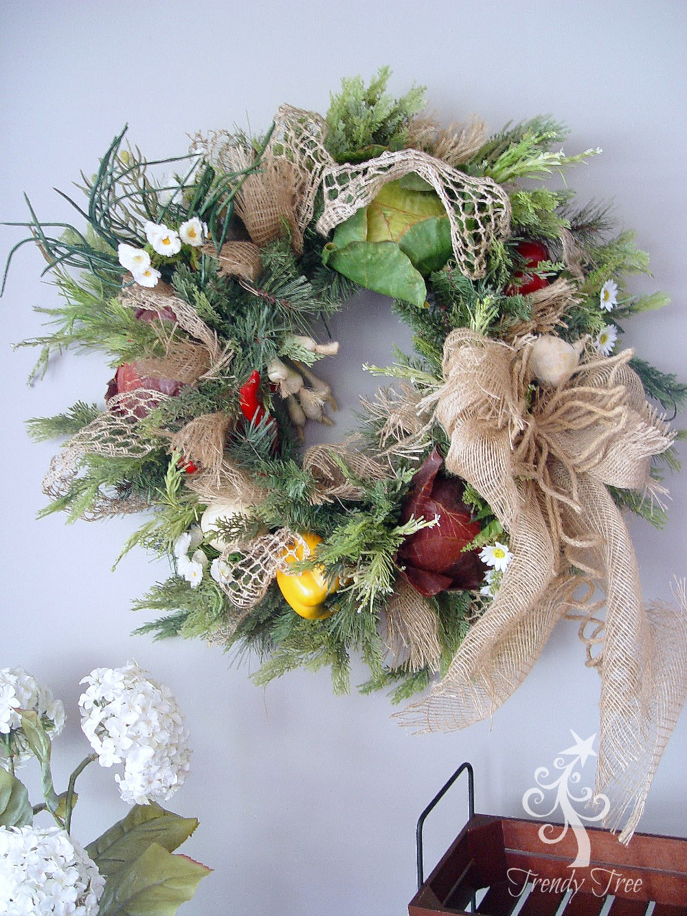 vegetable-wreath-breakfast-room