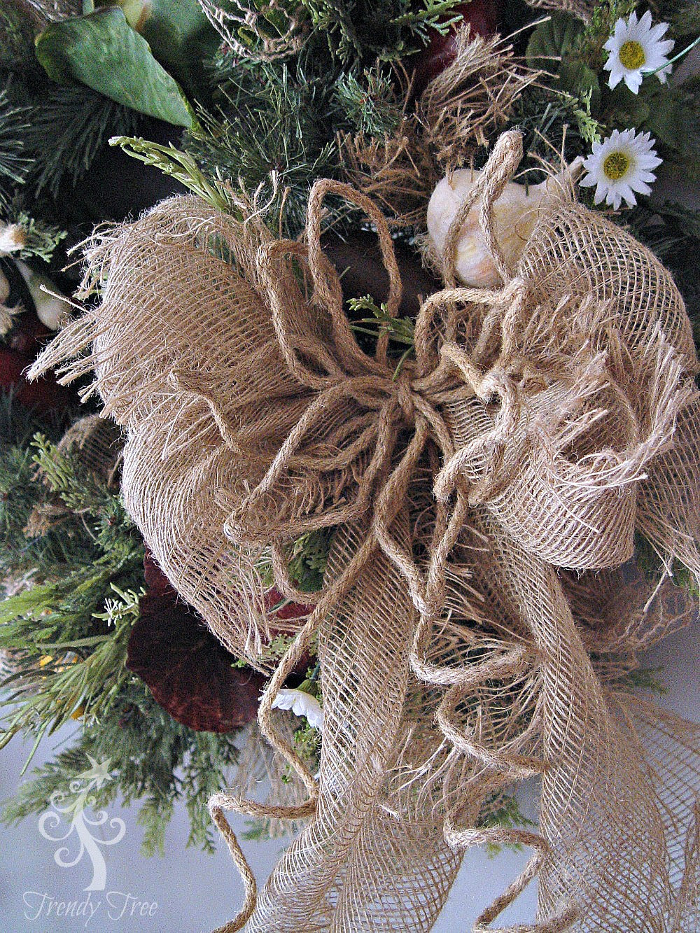 vegetable-wreath-closeup-bow