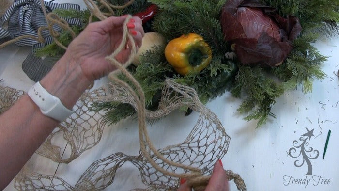 vegetable-wreath--jute-roping