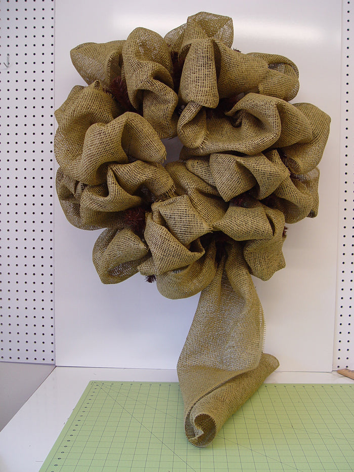 western-wreath-paper-finished-around-inner-outer-rings