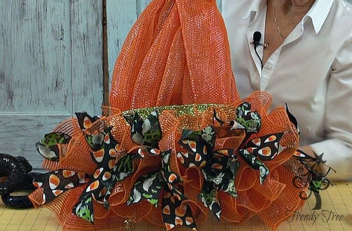 witch-hat-legs-2015-ribbon-clusters-added-trendytree