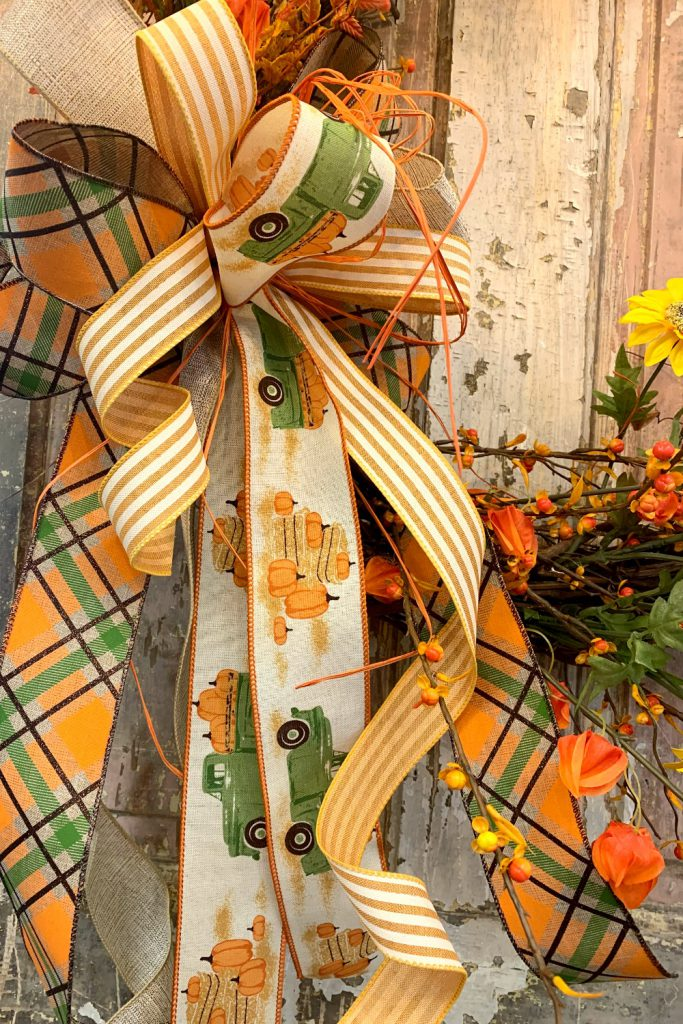 wreath inspiration, bow making, bow-making, ribbon for bows, door wreath