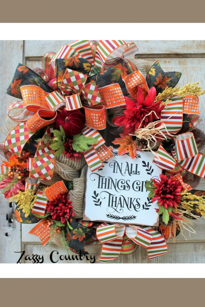 fall centerpiece, harvest arrangemennt, scarecrow centerpiece