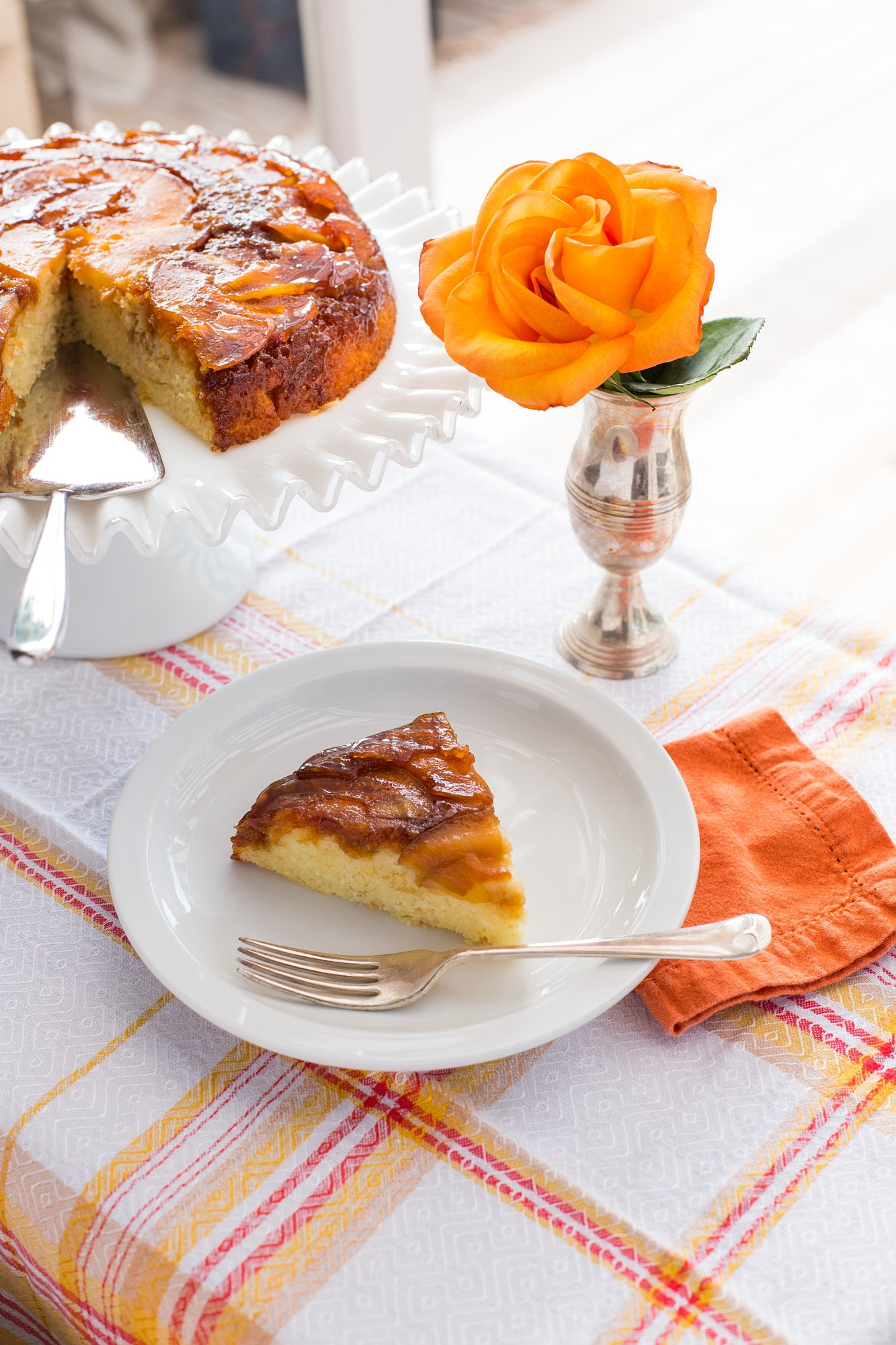 Caramel Apple Upside Down Cake Recipe   The Invisible Chef