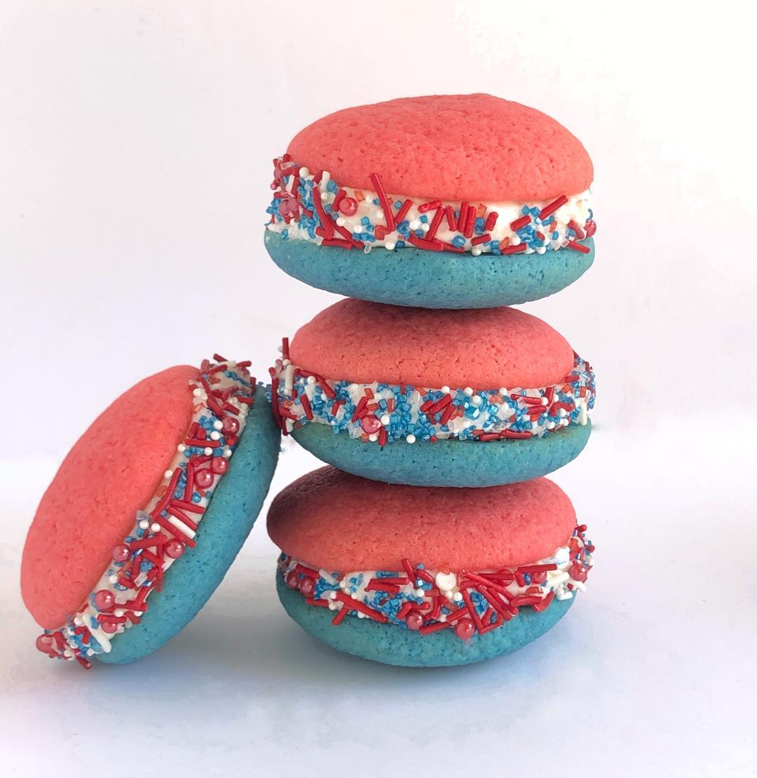 Red, White & Blue Sandwich Cookie Recipe | The Invisible Chef
