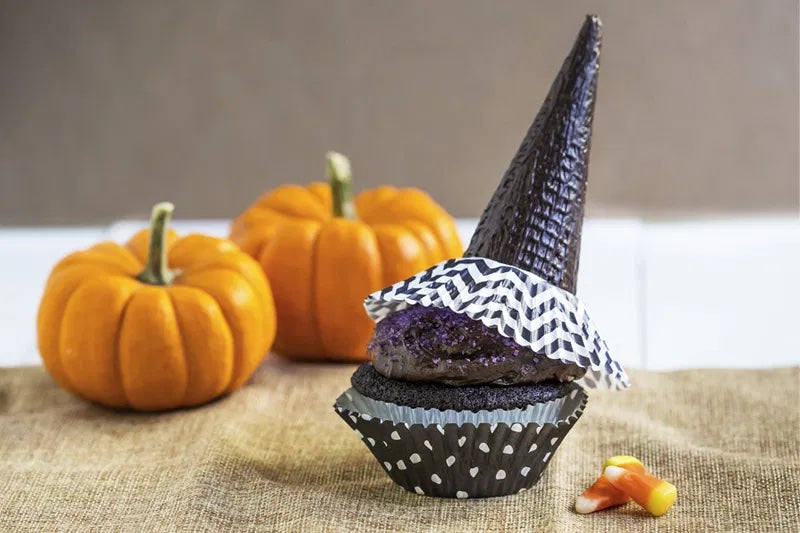 Spook-tacular Witch's Hat Cupcakes Recipe   The Invisible Chef
