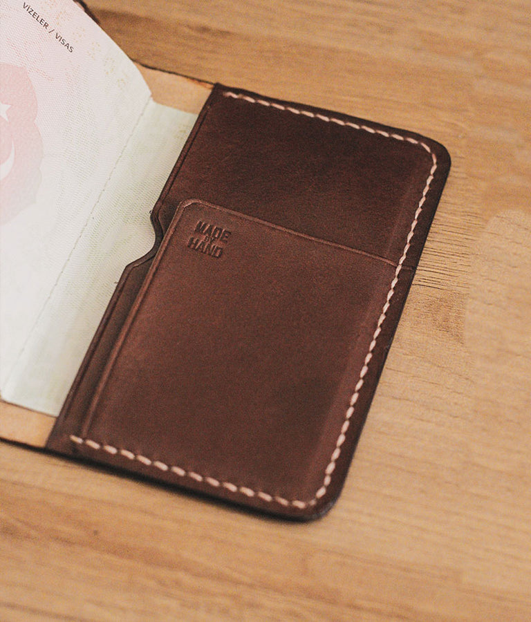 mens travel wallet