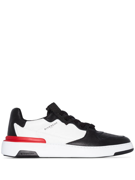 Wing Low Top Sneakers