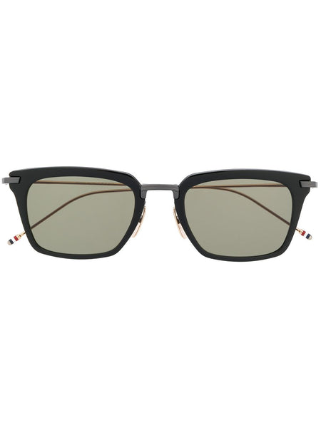 Wayfarer Cat-Eye Shaped Sunglasses