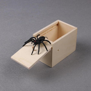 Prank Inset Wooden Scare Box Trick Play Funny Novelties Toys Tricks Spider