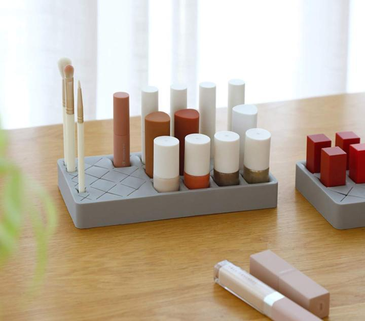 Macrons Lipstick Storage Holder