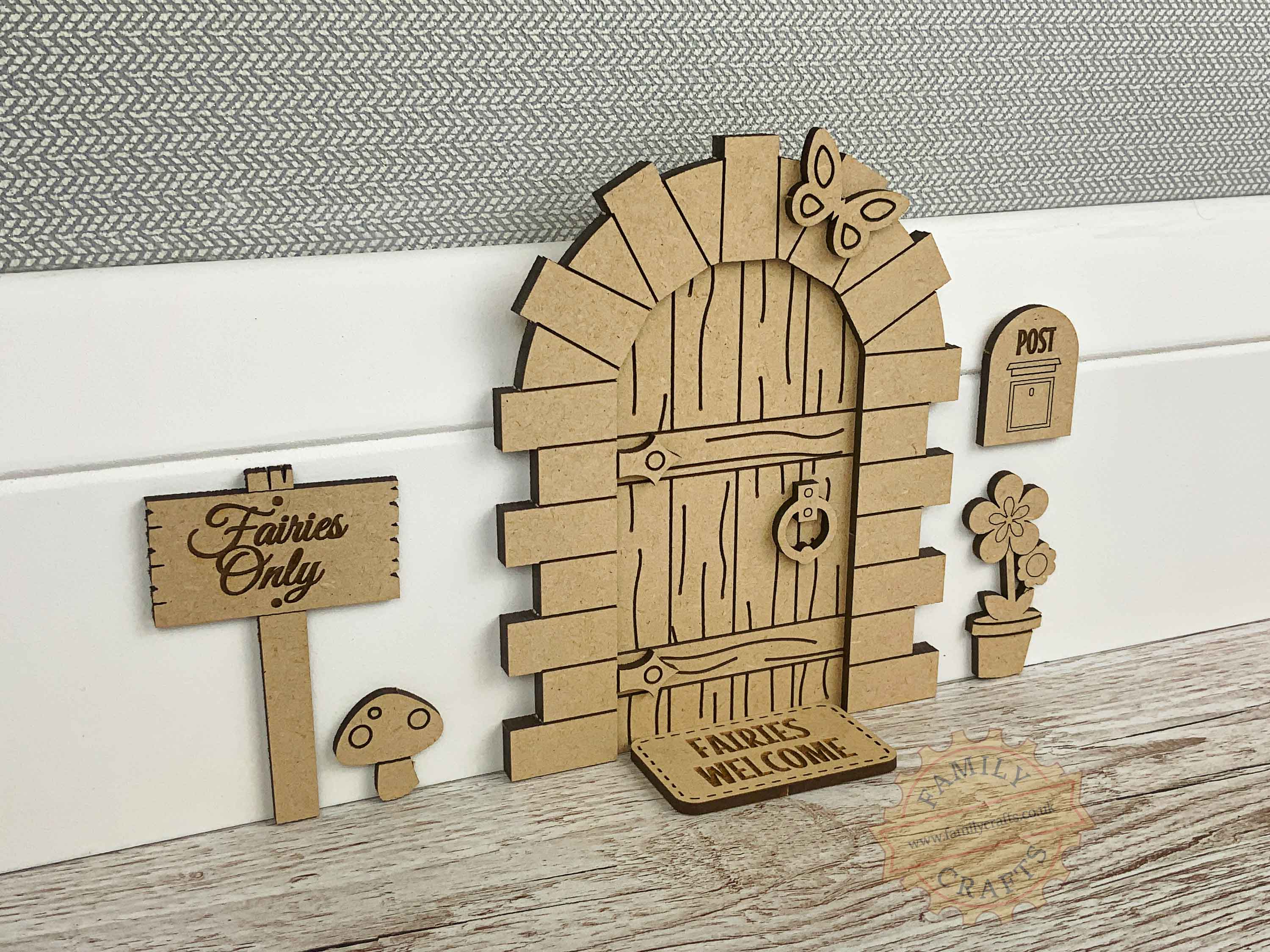 stone fairy door kit with standard accessories