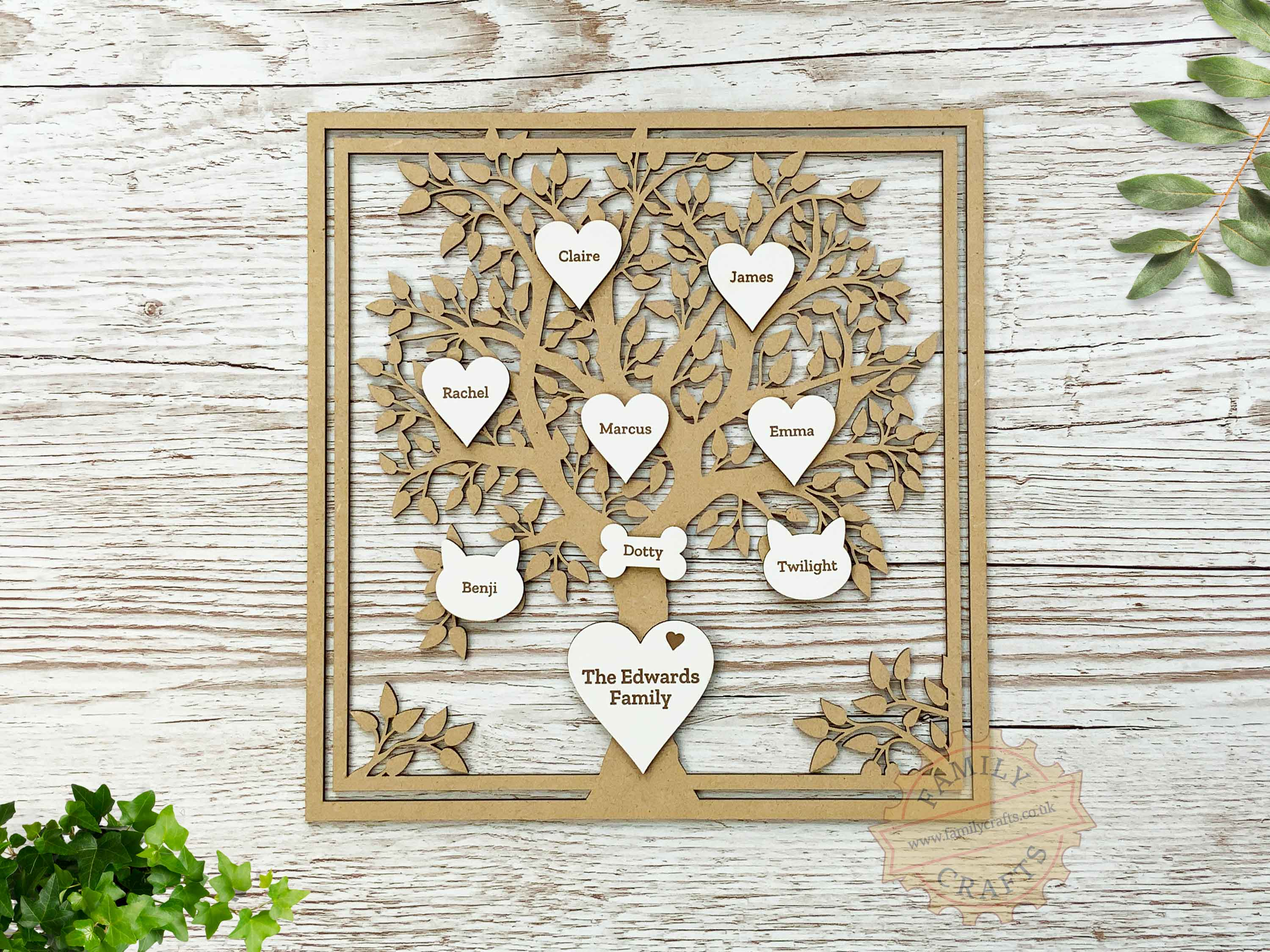 personalised family tree with engraved hearts